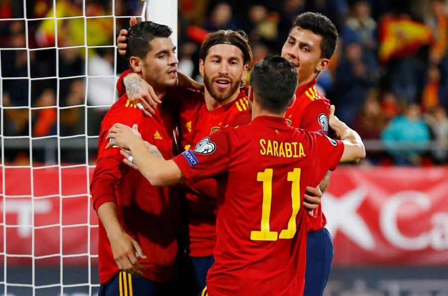 España golea a Malta y lidera grupo hacia la Euro 2020