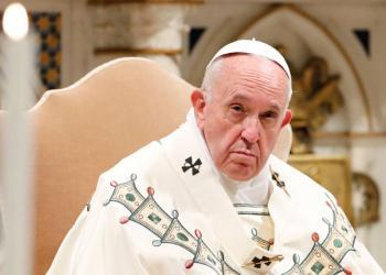 El Papa compara con Hitler a políticos que arremeten contra homosexuales