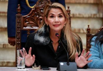El reclamo de la autonombrada Presidenta de Bolivia a López Obrador