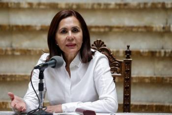 Gobierno interino de Bolivia rompe con Venezuela y expulsa a diplomáticos