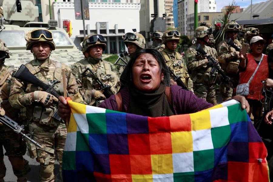Un decreto de Áñez le da vía libre a las Fuerzas Armadas para reprimir en Bolivia