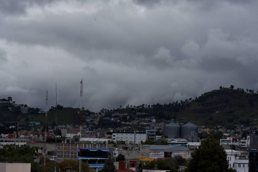 Un domingo nublado para el Valle de México