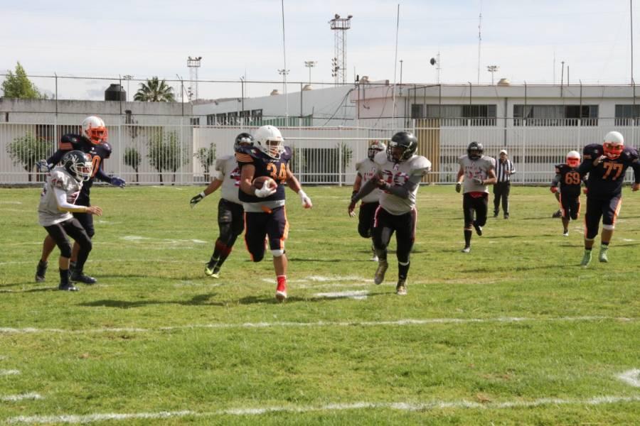 Inicia campeonato de futbol americano en Santa Martha