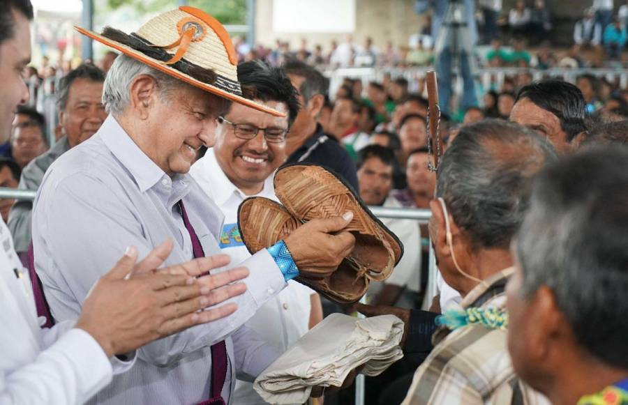 La Yesca tendrá camino gracias a subasta en alhajas: AMLO