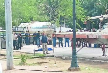 Asesinan a maestra de Cetis de Torreón en pleno desfile