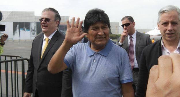 Guardia Nacional cuida a Evo Morales y la SEDENA es cuestionada