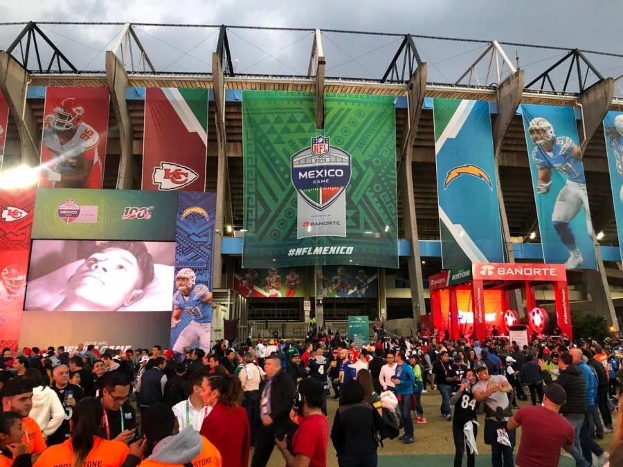 Se registra tráfico en inmediaciones del Estadio Azteca por partido de la NFL