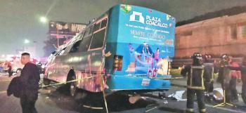 Choque en la México-Pachuca deja 11 muertos y 20 heridos