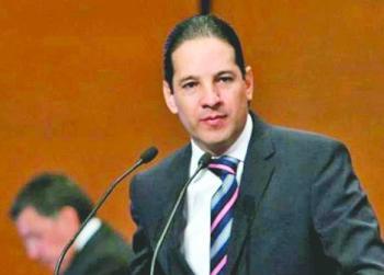 ...y tambiénen Querétaro desconocen a la titular de la comisión
