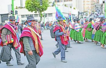 Mexicanos en Bolivia piden  regresar, asegura AMLO
