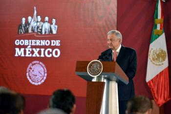 """Anuncia AMLO otra """"zarandeada"""" en la administración pública federal"""