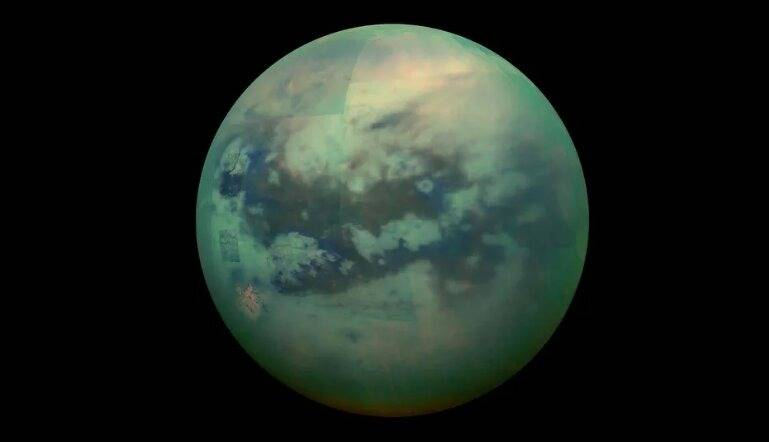 Luna Titán de Saturno podría albergar seres vivos