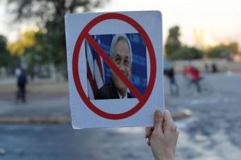 Opositores chilenos piden juicio político contra Sebastián Piñera