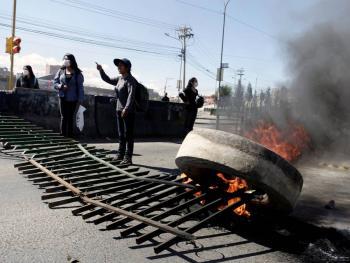 Tres muertos deja movilización en planta de combustible en Bolivia