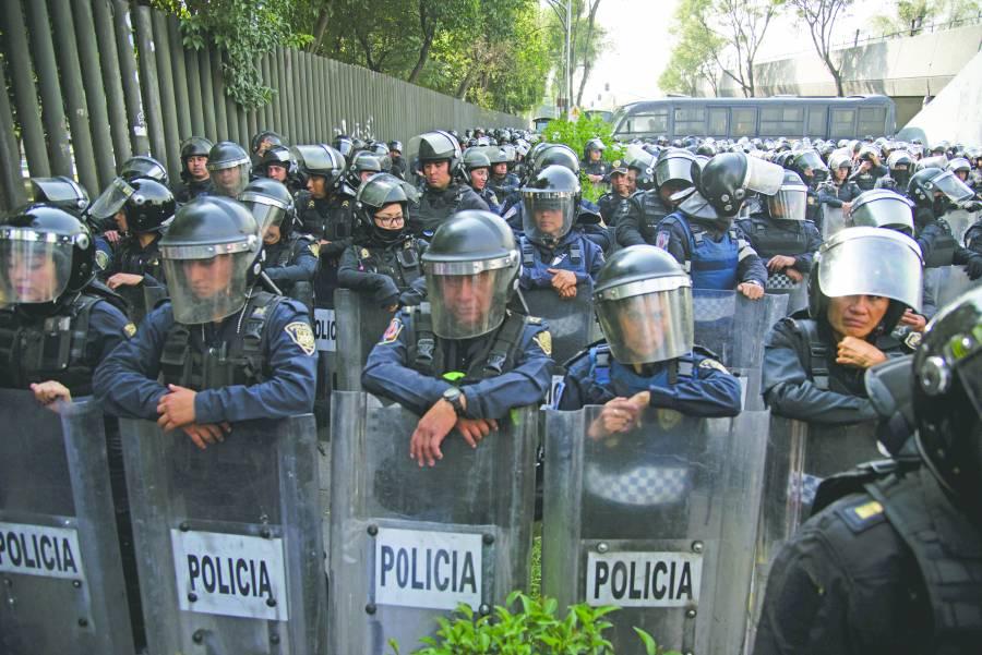 Amagan campesinoscon endurecer protestas