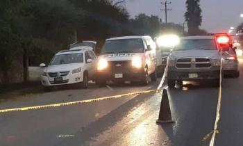 Hallan camioneta con restos humanos en Apodaca, Nuevo León