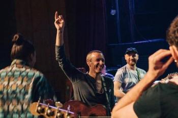 Coldplay sólo hará giras que sean amigables con el medio ambiente