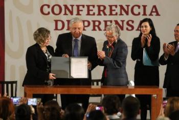 Firman acuerdo por la Igualdad; busca poner a la mujer al centro del desarrollo