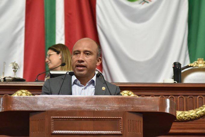 Pide legislador se sustituya red hídrica en la zona de Culhuacán