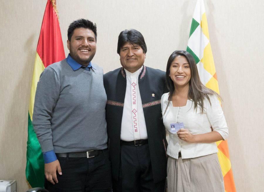 Gobierno de Bolivia aprueba proyecto ley para elecciones; hijos de Morales dejan país