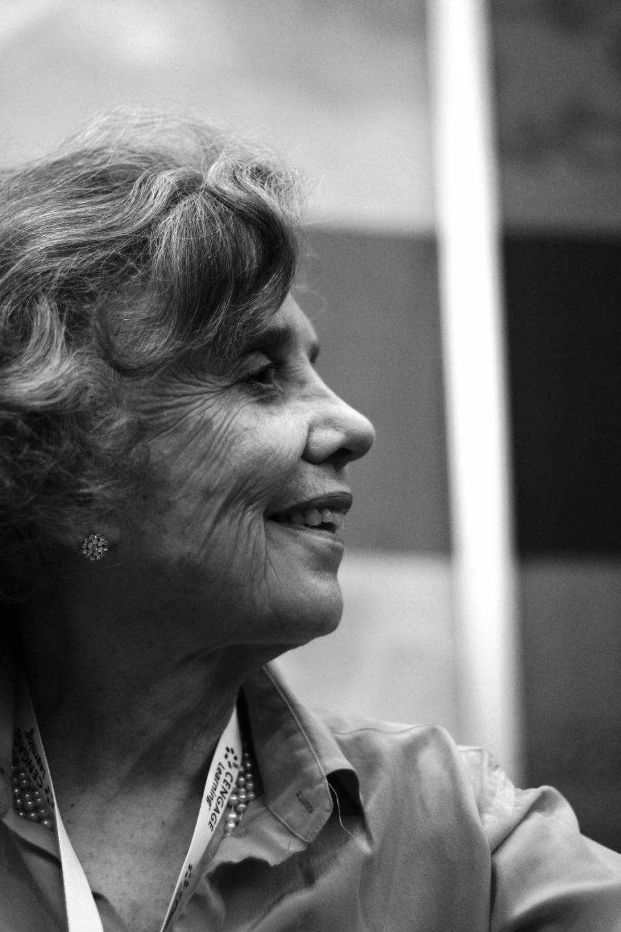 Entre la ficción y la realidad Poniatowska desnuda su vida familiar