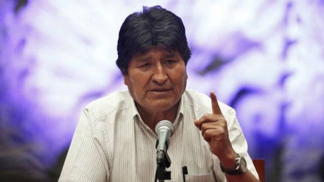 Tramita Gobierno Federal CURP a Evo Morales y un acompañante