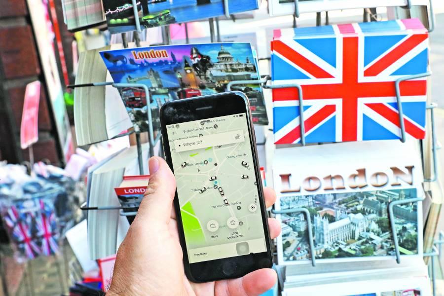 Por tener conductores fake,  pierde Uber licencia en Londres
