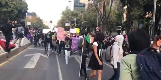 Inicia marcha contra violencia de género en CDMX