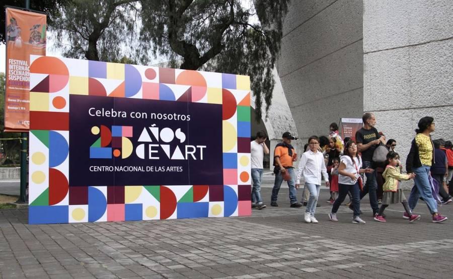 Con fiesta artística, Cenart celebra 25 años