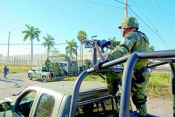Urgen a Durazo atender crisis en penales