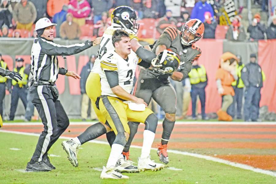 Por peleonero Mason Rudolph pierde la titularidad con Steelers