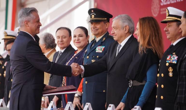 Cadetes militares refrendan lealtad al Presidente