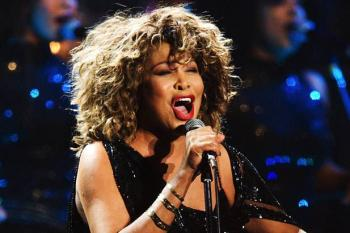 Tina Turner, 80 años de una vida de rock and roll y tormentos