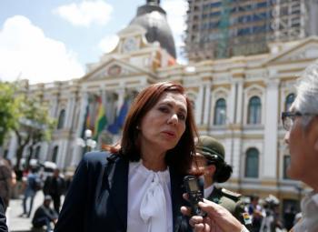 Reclama Bolivia a México protección de  4 exfuncionarios con orden de arresto