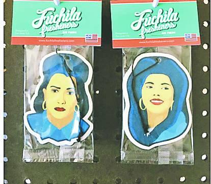 Familia de Selena disputa derechos a empresa.