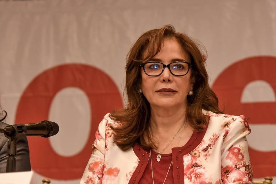 """Acusa Yeidckol a Luján de """"envenenar"""" a militantes en su contra"""