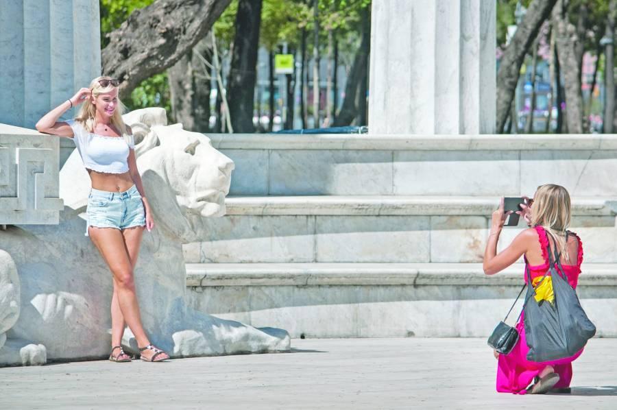Continúa la llegada de turistas extranjeros, crece 1.6%