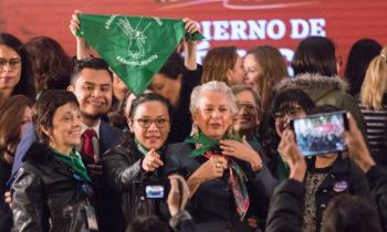 Sánchez Cordero a favor de despenalizar aborto en cada estado