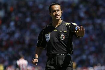 Fernando Hernández y Jorge Isaac Rojas pitarán las semifinales de la Liga MX