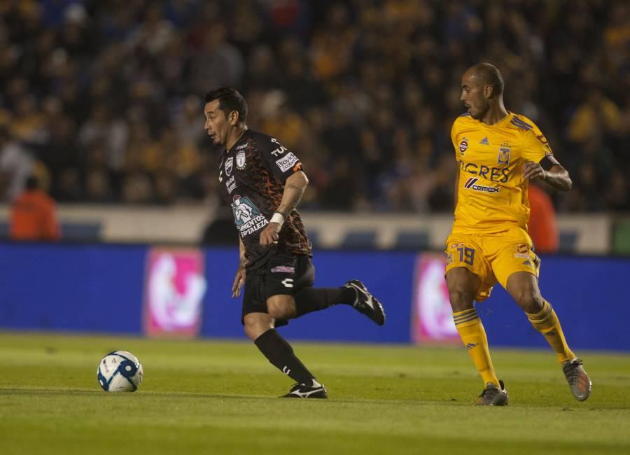 Pactan reducción de extranjeros en la Liga MX