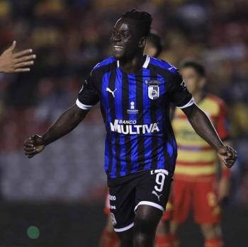 Ake Loba se despide del Querétaro y apunta a los Tigres