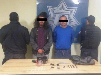 Detienen sujetos con droga y arma blanca en Soledad, San Luis Potosí