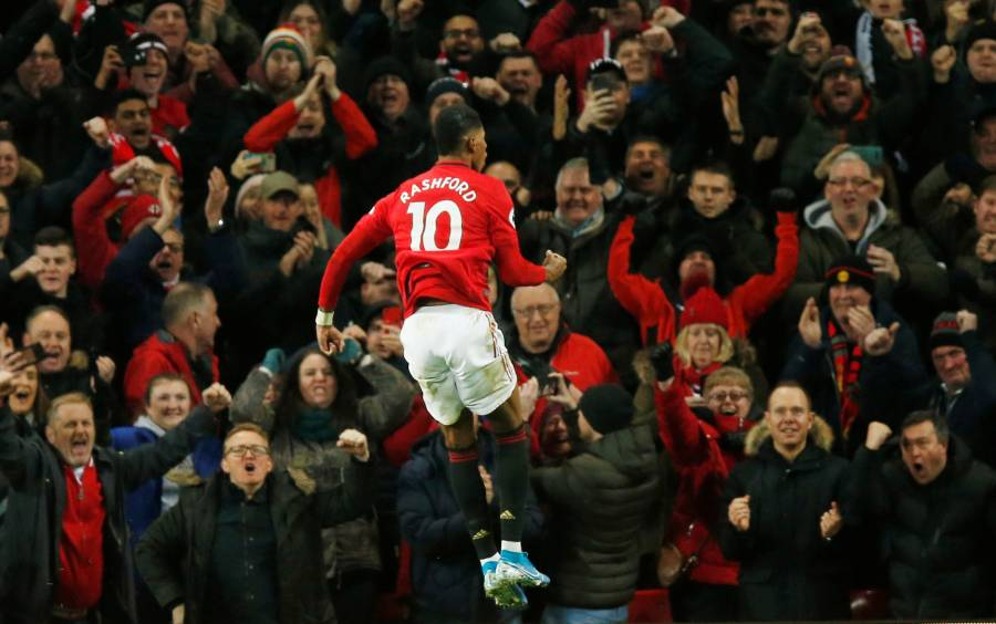 Manchester United vence al Tottenham en el regreso de Mourinho