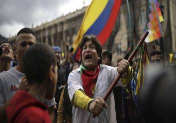 Realizan nueva jornada de protestas contra políticas económicas del presidente Duque