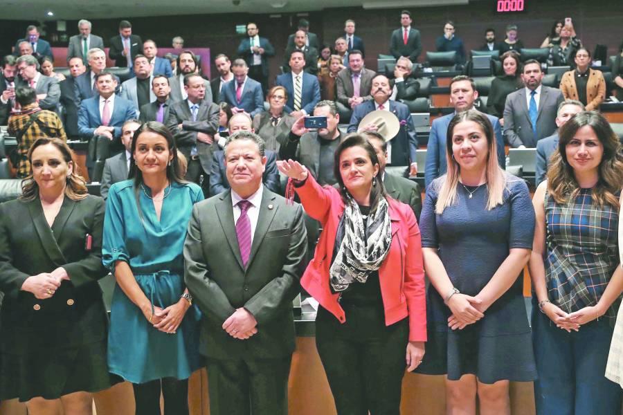 Por mayoría, Senado elige a Ríos-Farjat como ministra