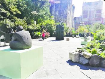 El MAM exhibe en el Atrio de San Francisco 9 esculturas