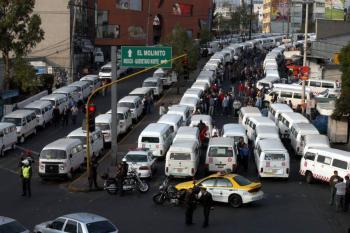 Piden transportistas aumento de entre 38 y 45 por ciento en el Edomex