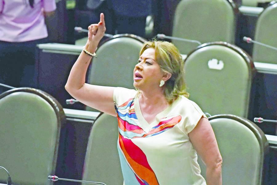 Piden estrenar la violencia política de género a Blanco