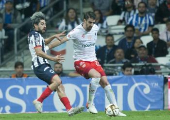 Desmienten rumores sobre salida de Rodolfo Pizarro de Monterrey