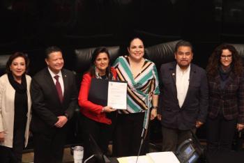 Celebra AMLO elección de Ríos-Farjat a la Corte